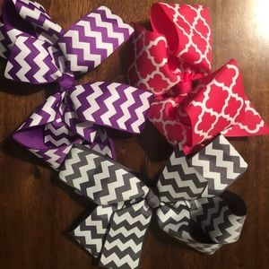 3 Bows with Alligator Clip
